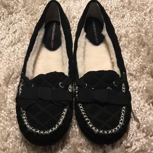 NWOT Isaac mizrahi quilted moccasin slippers